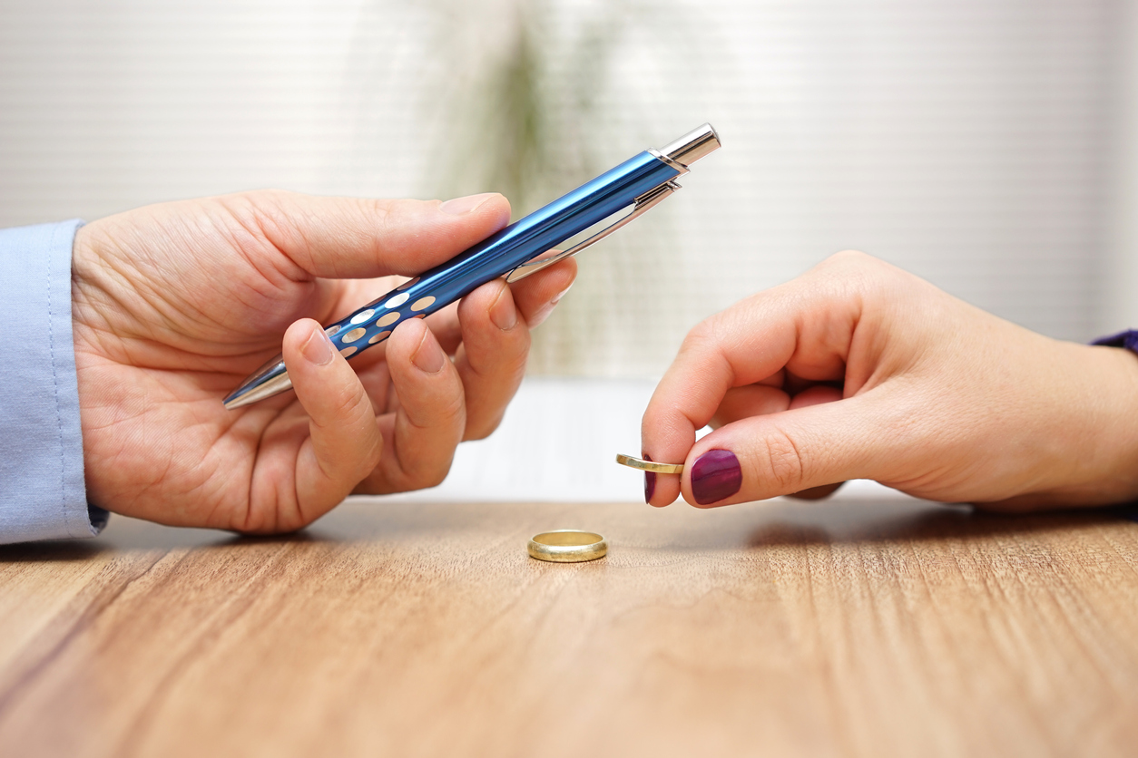 What To Do If Your Spouse Will Not Sign A Separation Agreement